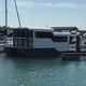 Katamaran-Hausboot / Innenborder / 2 Kabinen / 6 Kojen