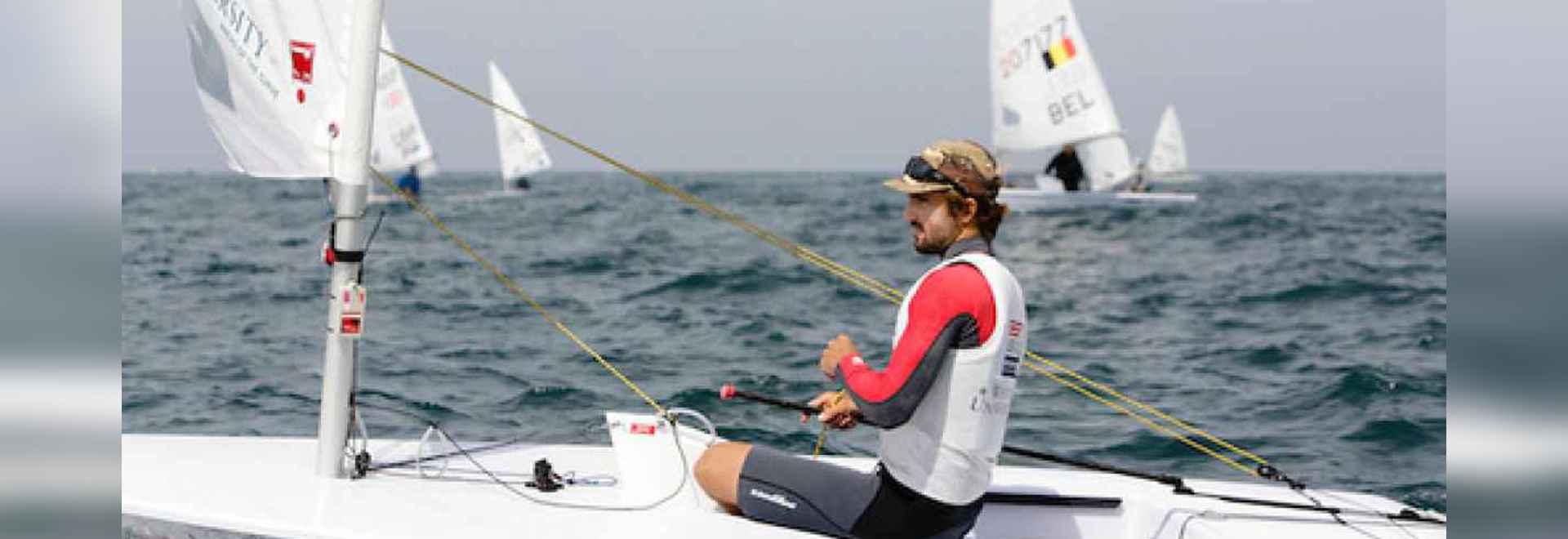 In den Männern? s Laser, Charlie Buckingham hat seine internationalen Resultate ständig, gesehen seit dem Beginnen seiner ganztägig olympischen Kampagne 2011 zu verbessern. Der zweifache ICSA Hochs...