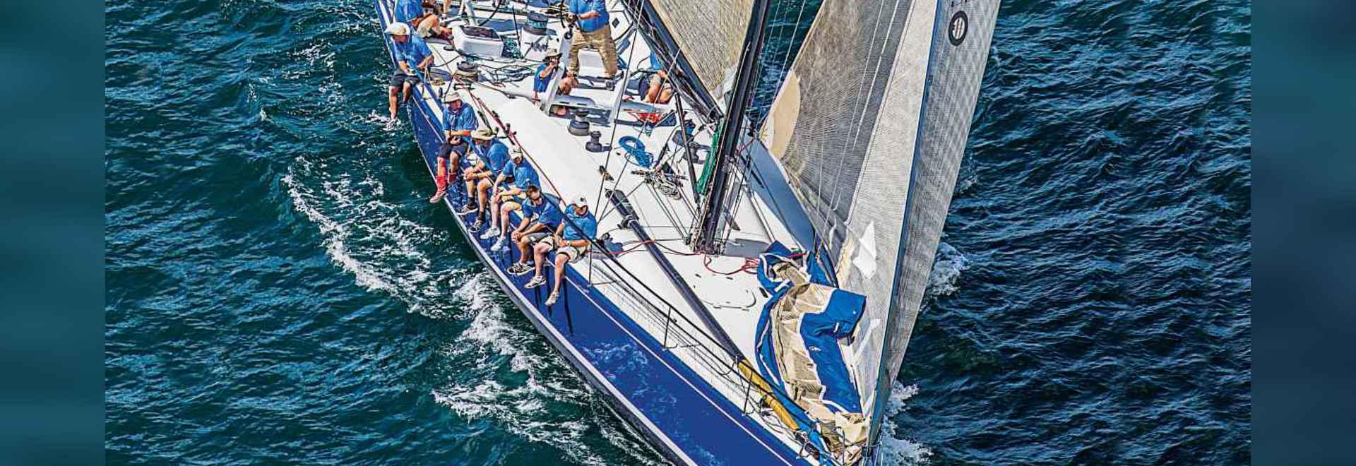 Kodiak? vor der Fertigung des Rennens 635 Meile Newport-Bermuda in 86 Stunden s-Überspringvorrichtung Llwyd Ecclestone und seine 15 crewmembers genossen zu frustrieren beruhigt und drei Hauptsqualls.