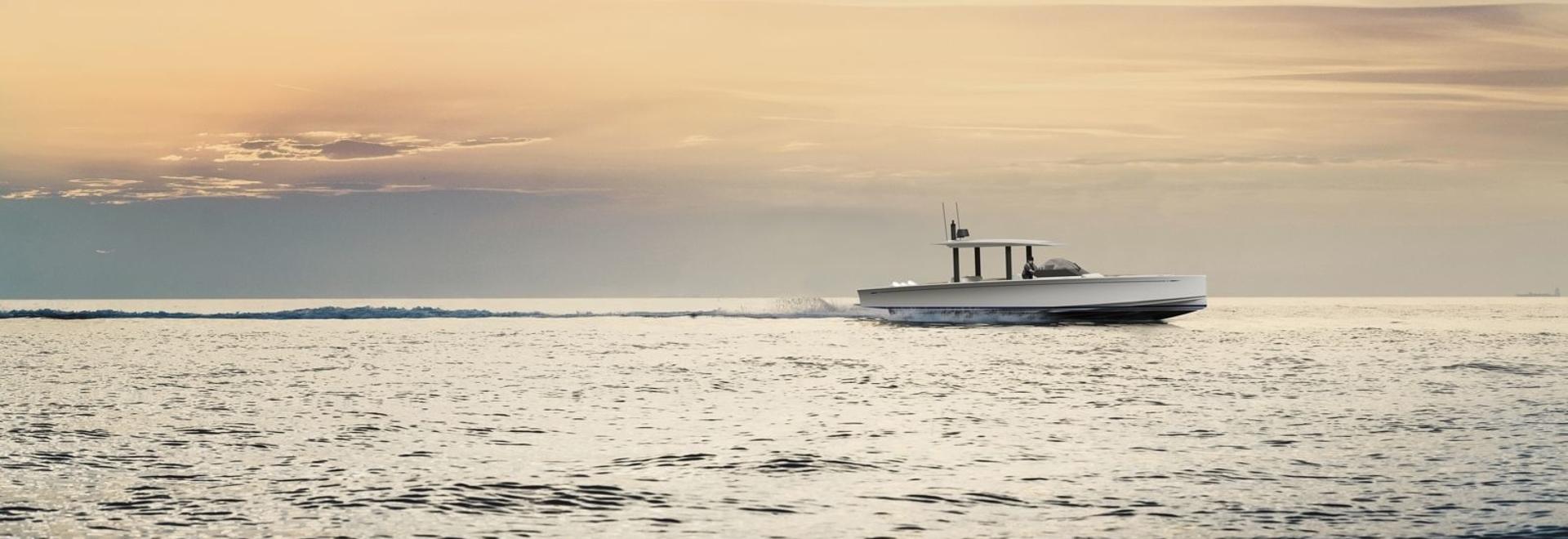 Nautor's Swan steigt mit der 13,2 m langen Swan Shadow in den Motoryachtmarkt ein