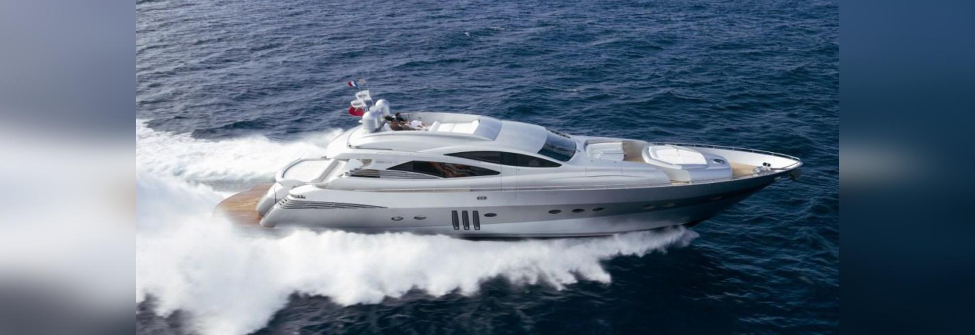 Neu auf dem Markt: 27m Pershing-Motoryacht MM