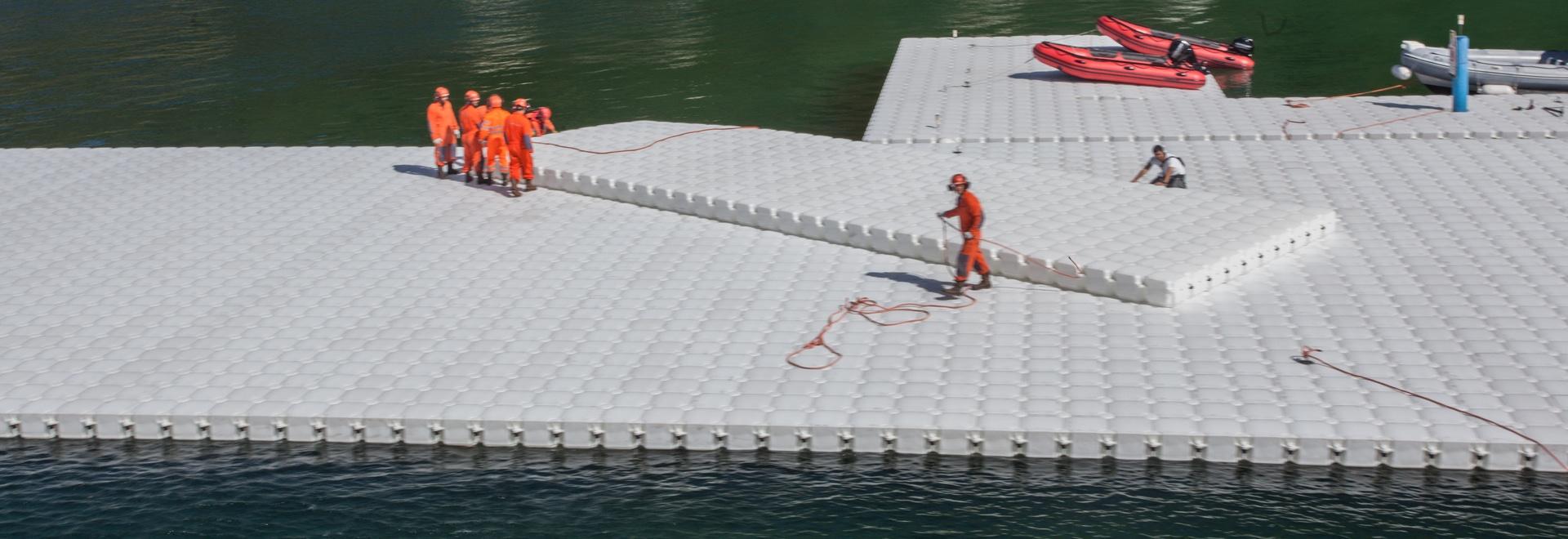 Die sich hin- und herbewegenden Piers