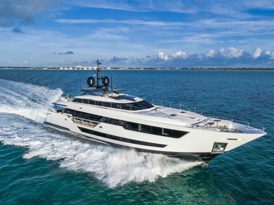 Mehr als 100 Boote machen ihren Weltanfang am folgenden Cannes-Segelsport-Festival