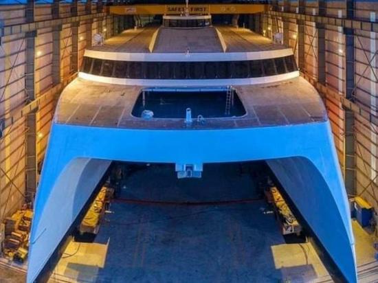 Austal Vietnam startet sein erstes Schiff