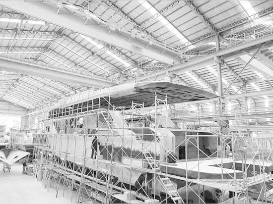 Custom Horizon CC98 im Bau für australischen Wiederholungsbesitzer