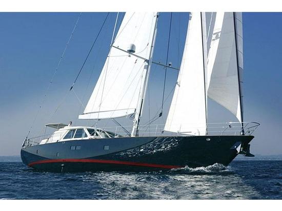 33m Royal Denship Segelyacht Vera IV auf dem Markt