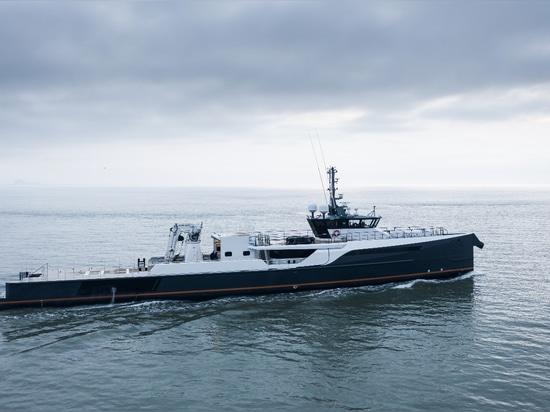 Damen Yachting YS 5009 Blue Ocean verwandelt sich in ein Schiff zur Unterstützung von Genmaschinen